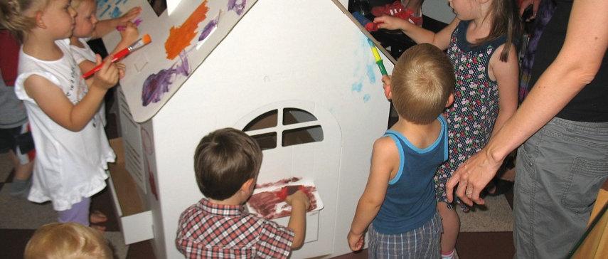 Дом раскраска из картона