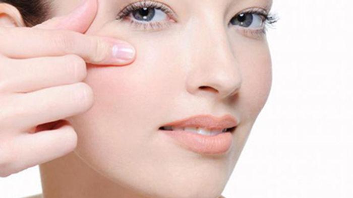 getting_rid_of_eye_wrinkles1.jpg