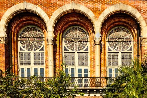 colonial 2.jpg