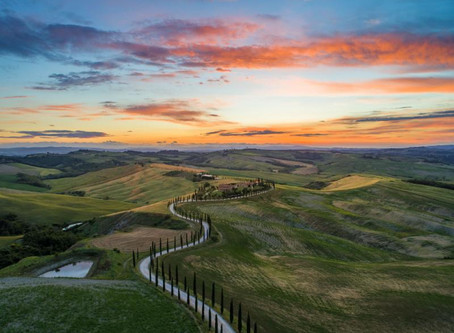 The Rolling Hills of Tuscany Are Calling