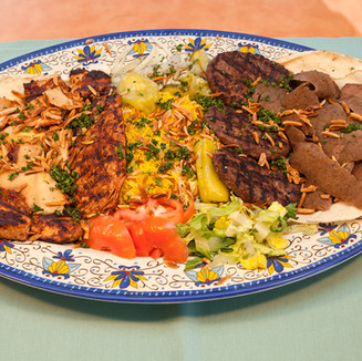 Middle_Eastern_GrilledMeat_Platter_7X0044.jpg