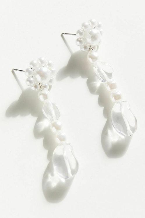 Gabriella Pearl Drop Earring
