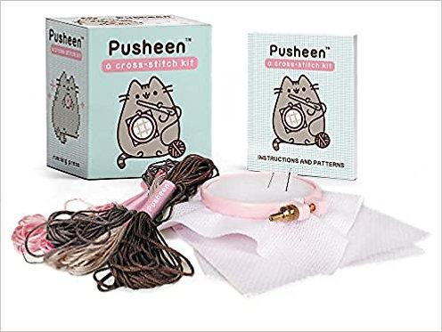 Pusheen: A Cross-Stitch Kit (RP Minis) (Inglés)