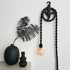 lamp Tine - zwart.jpg