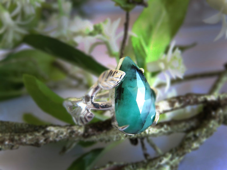 EMERALD FOREST RING