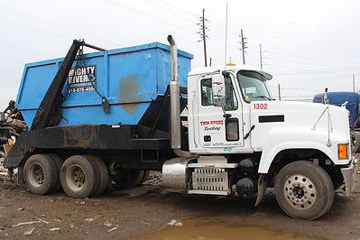 webpics luger truck.JPG