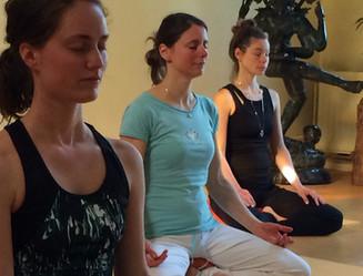 Vrouwen in meditatie