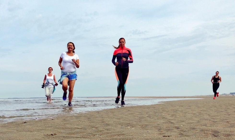 Mindful Running beach_edited.jpg