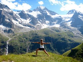 yoga_mountains.jpg