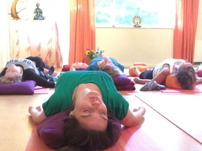 Yin yoga 2017.JPG