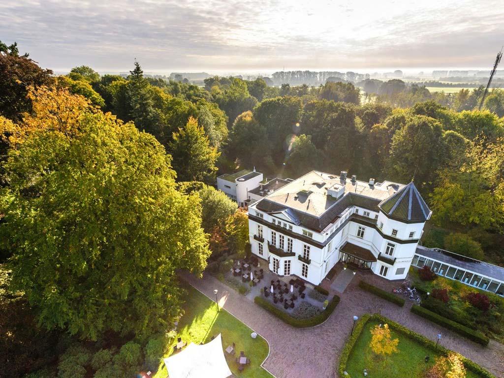 Hotel Veluwe luchtfoto