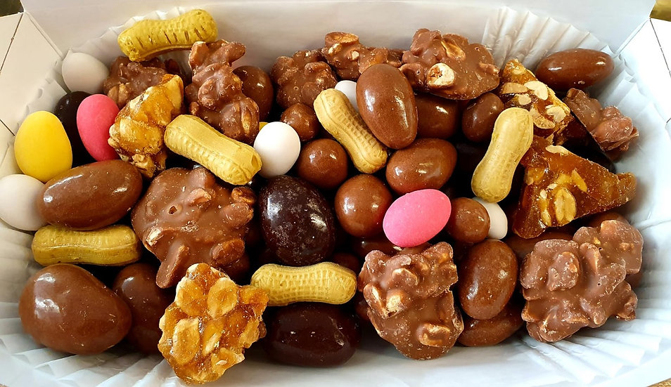 The 'Go Nuts' Mix Up Box - 1Kg