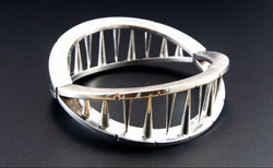 Interiority bangle solid
