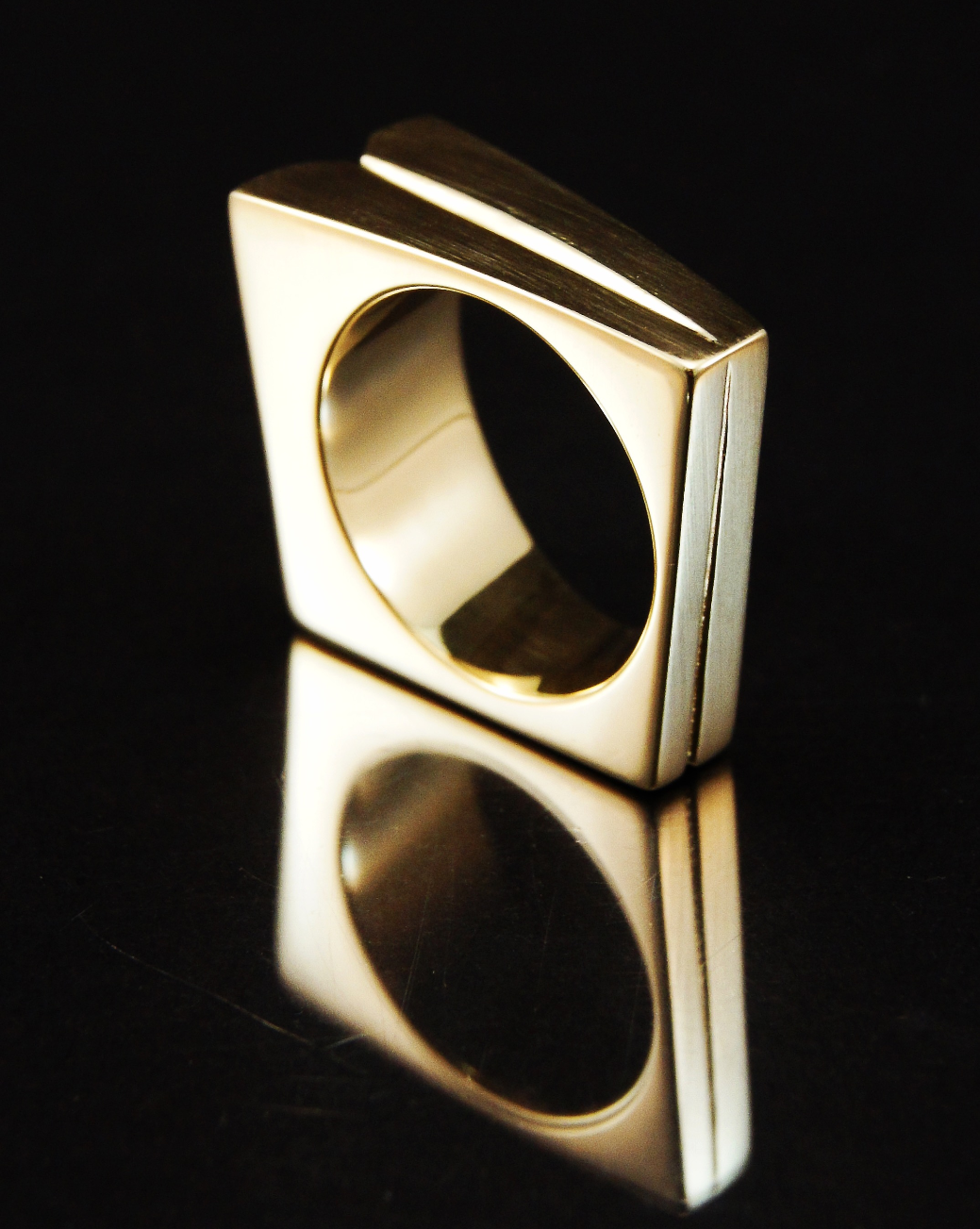 Scintillation ring