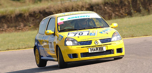 RenaultClio-gelb-1.jpg