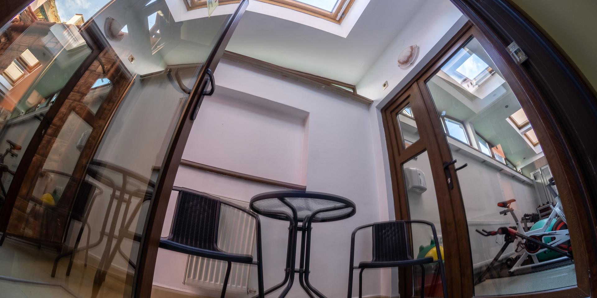 King Deluxe - camera 25 - terasă