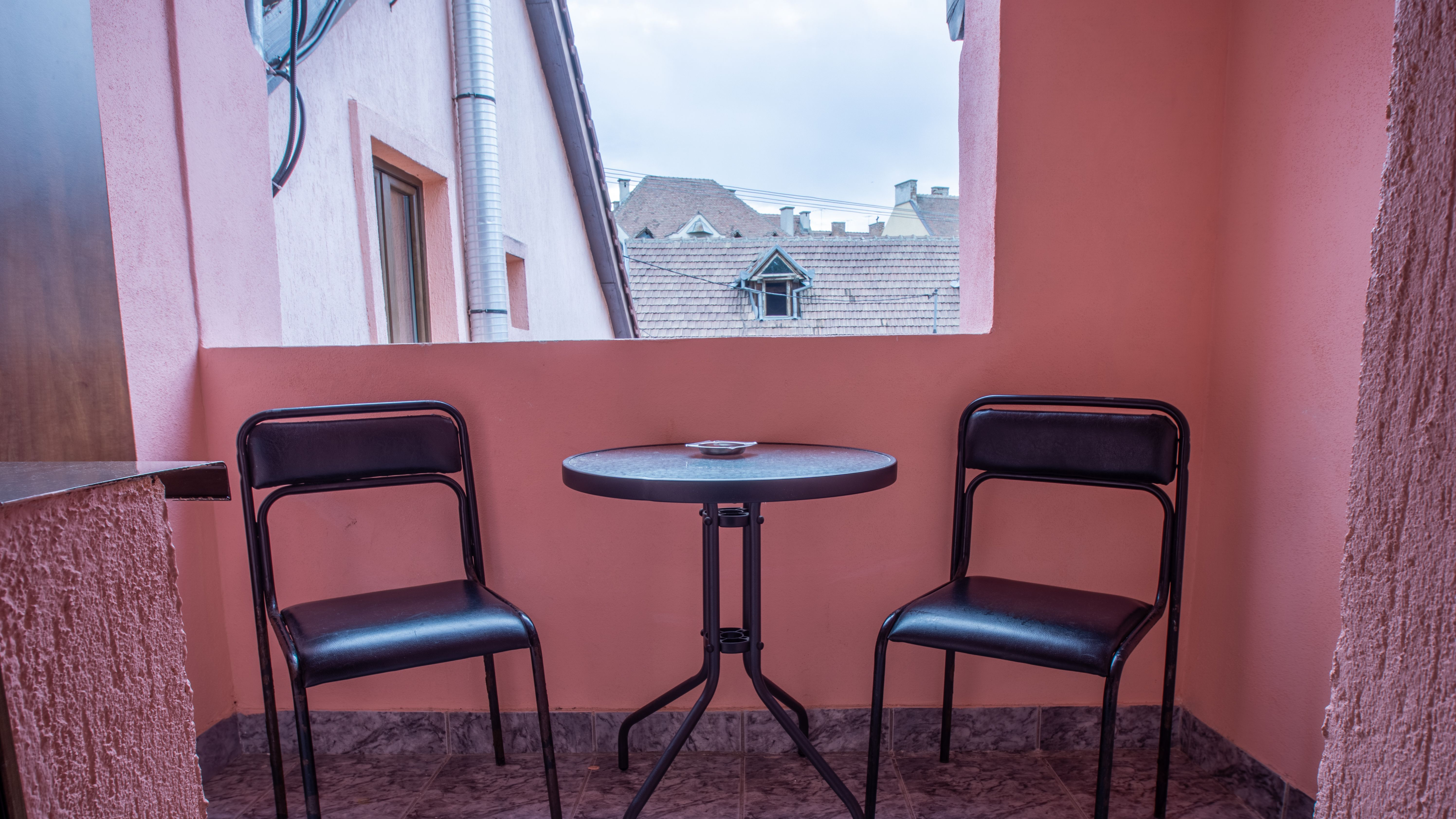 camera 8 - balcon privat
