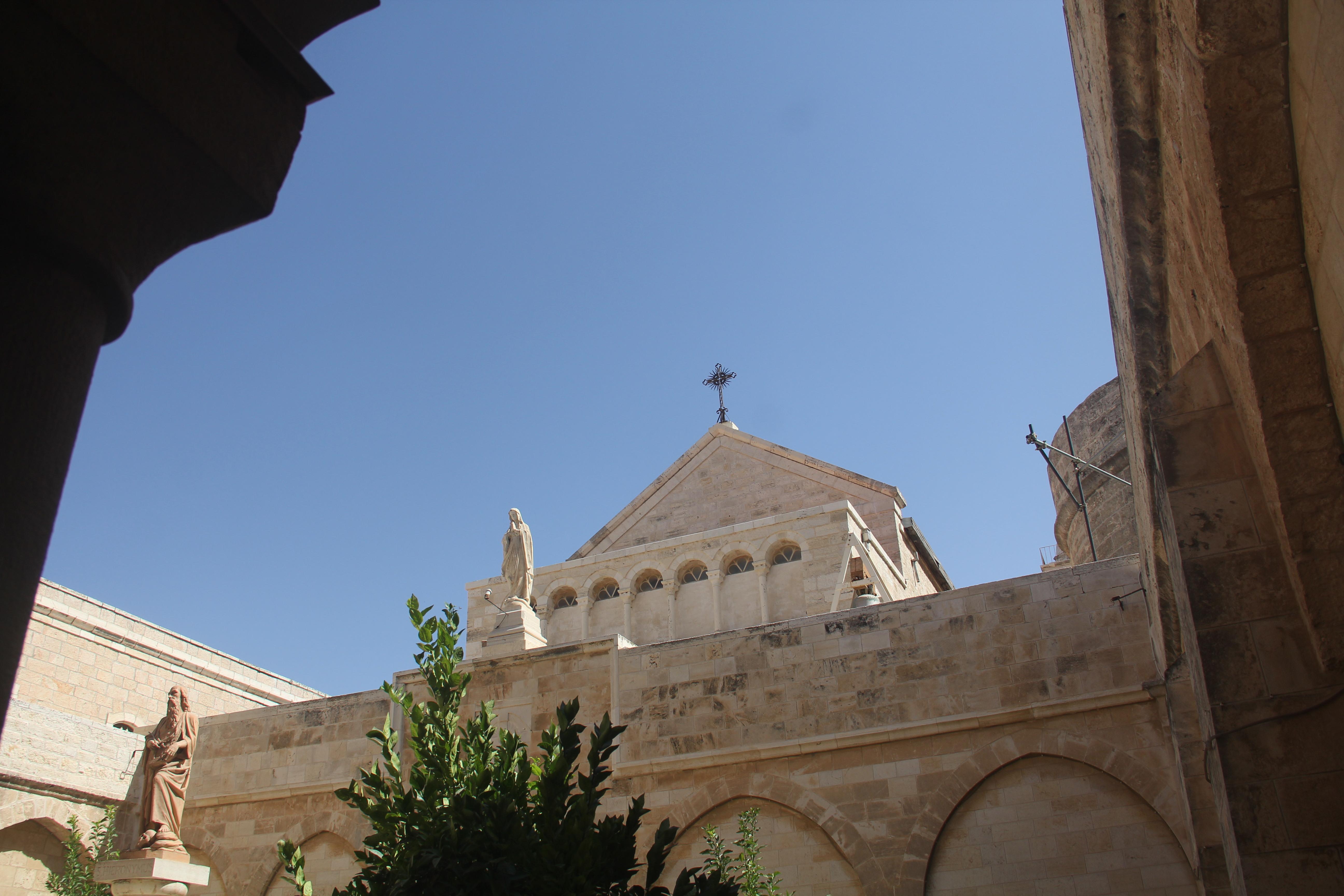 【主誕堂】紀念彌賽亞耶穌基督降生的地方001
