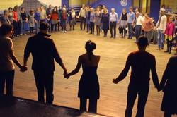 Tango-Ciné, Initiation