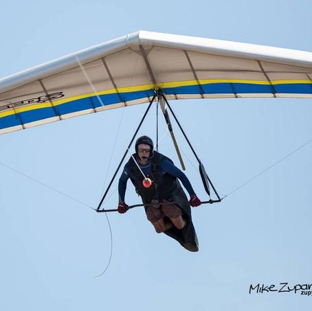 Hang gliding.jpg