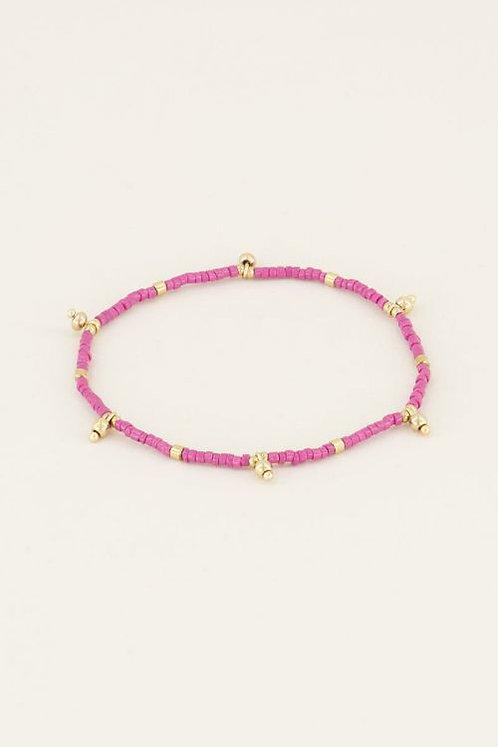 Armband met roze kralen