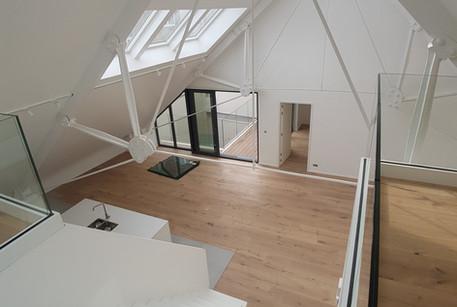 Lofts Gent Luxeloft totaalrenovatie hout
