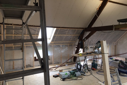 Zolder renovatie isolatie afwerking Hout Van Miel