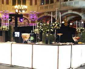 décoration événementielle, décoration restaurant, décoration florale, decoration evenementielle, location buffet, mobilier lumineux, décoration traiteur, déco événementielle, événementiel, evenementiel, decoration, design floral, ambiance florale, déco