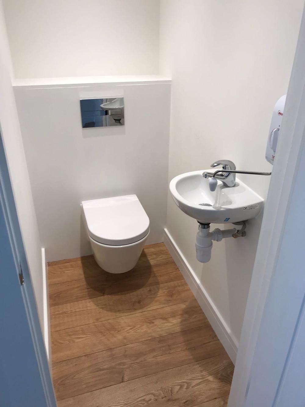 Garden Room with Separate Bathroom