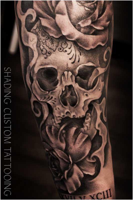 Tattoo tatoeage black & grey skull