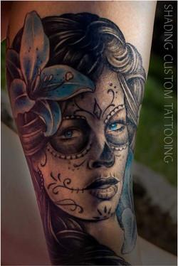 Tattoo - Tatoeage muerta blauwe ogen