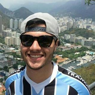Jovem é morto em tentativa de roubo de veículo na zona norte de Porto Alegre