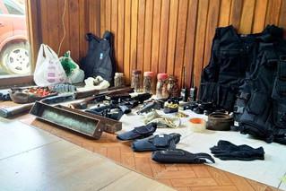 Operação apreende armas e material explosivo em Capela de Santana