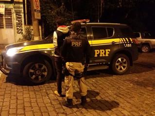Acusado de estupro é preso em blitz da PRF em Caxias do Sul