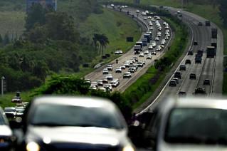 Carnaval: 190 mil veículos são esperados na Freeway a partir desta 2ª no retorno do litoral