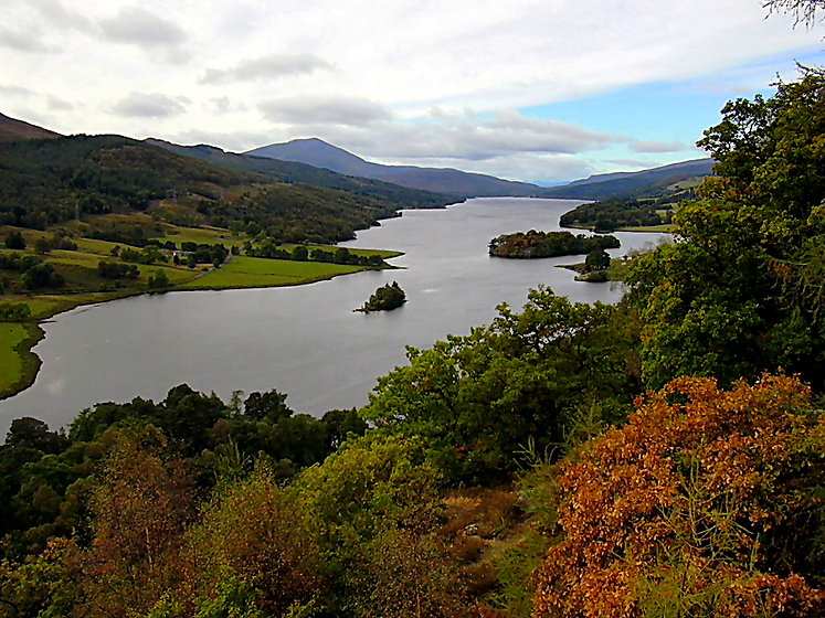 Queen's View on the road out of Pitlochr