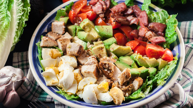 Salad with Egg, Bacon, Avocado, Tomato