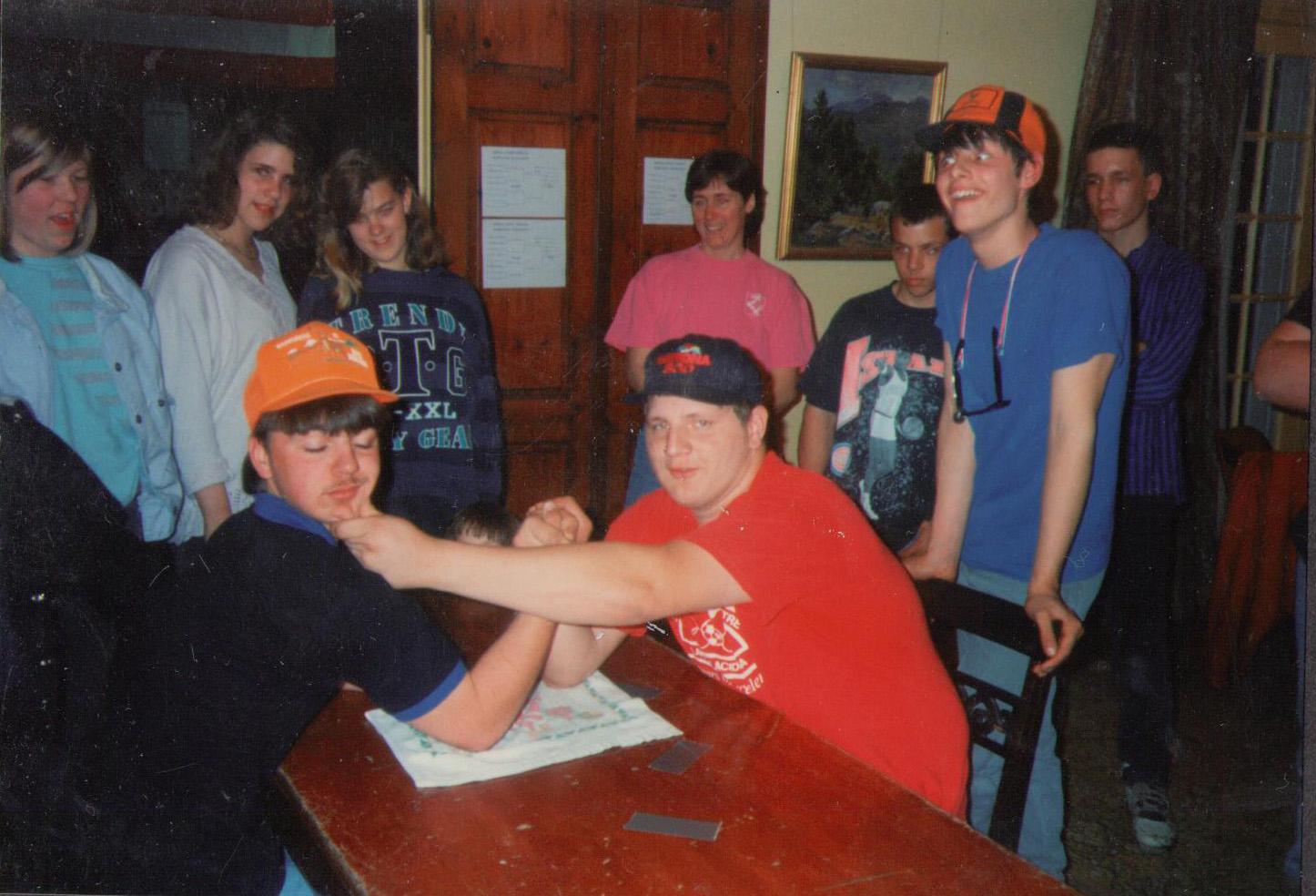 arm wrestling 03