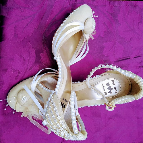 Daisy Chain Shoes