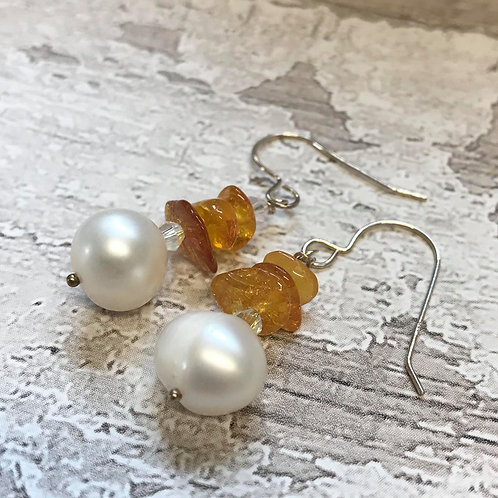 Amber & Pearls
