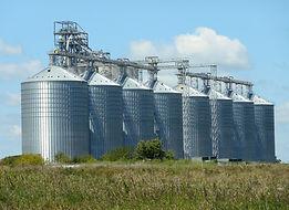 silos-1598168_1920.jpg