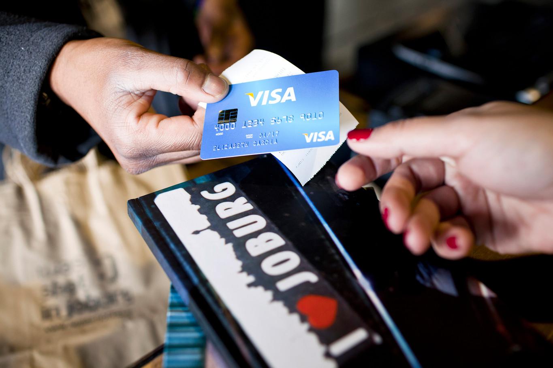Commercial_Visa Card 011.jpg