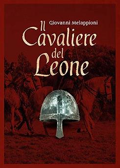 Cavalieri normanni con elmo conico in primo piano. Copertina del romanzo Il cavaliere del leone