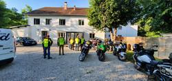 les motards en pleine discussion