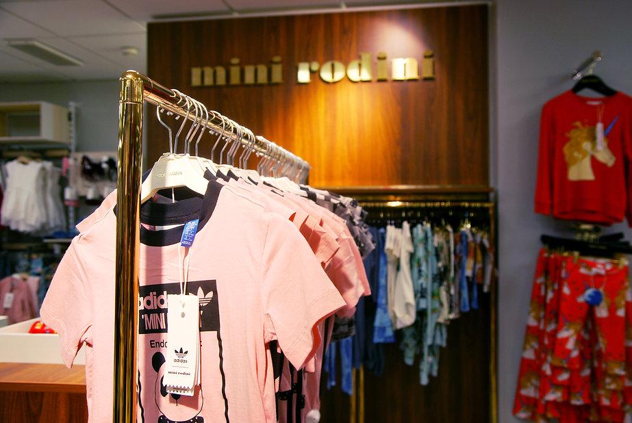 Mini Rodini Butiksinredning Adidas Stockmanns