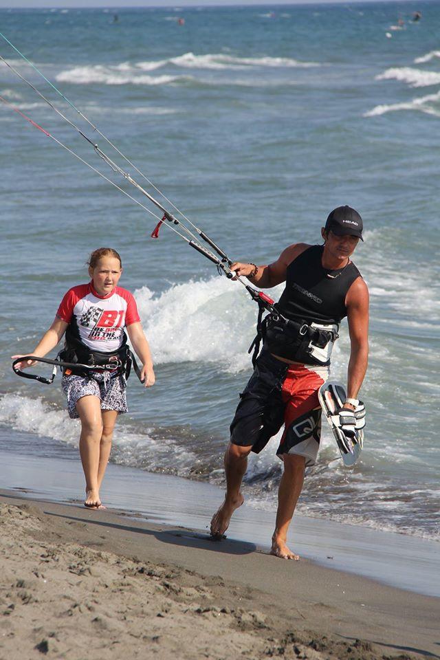 обучение кайтсерфингу в черногории.jpg