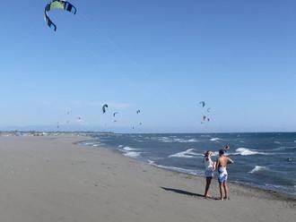 Лето в Черногории в самом разгаре! Ветер дует - Все катаются!