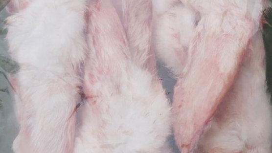 Raw rabbit ears (10 pcs)