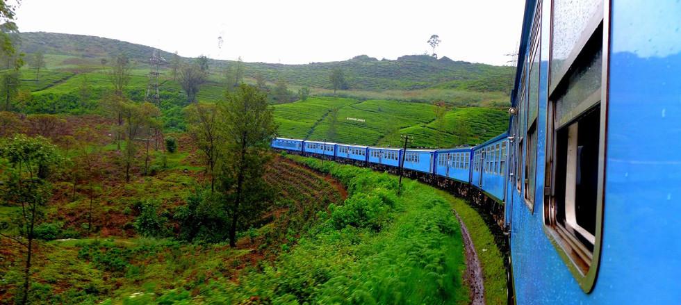Train-ride-from-kandy-to-ella.jpg