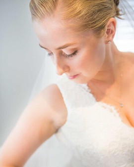 👰🏼Emily👰🏼 📸 @_j_banks__  #wedding #